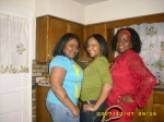 Teenie Turner (right) with granddaughter Danaysia(middle)& her sister Mara.